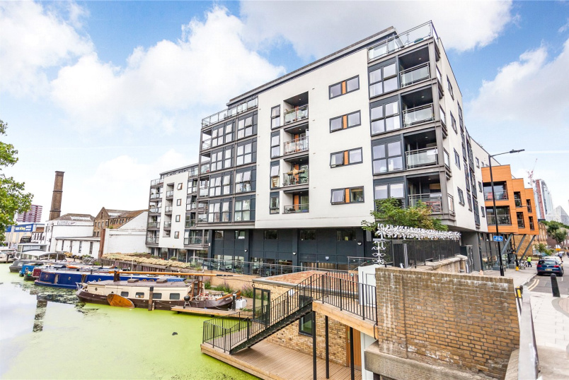 Flat/apartment to rent in Islington - Angel Wharf, 168 Shepherdess Walk, London, N1
