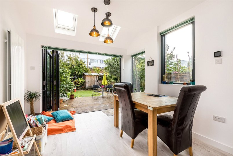 House for sale in Dulwich - Ivydale Road, Nunhead, SE15