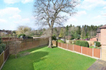 Sought After Cul-De-Sac & West Facing Garden. 3