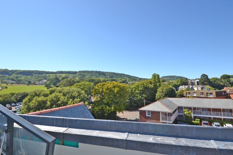 8 Connaught View, Sidmouth Image 6
