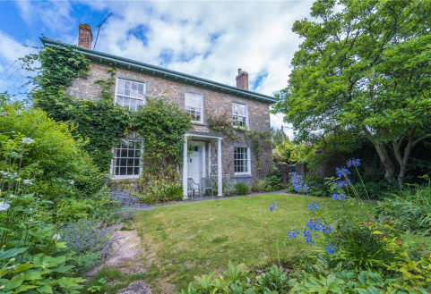 Manor Croft, Broadhempston, Totnes, Devon, TQ9