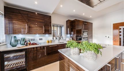 Three Bedroom | For Sale | Fulham | W6 Image 5