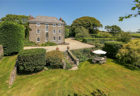Scoble House, South Pool, Kingsbridge, Devon, TQ7