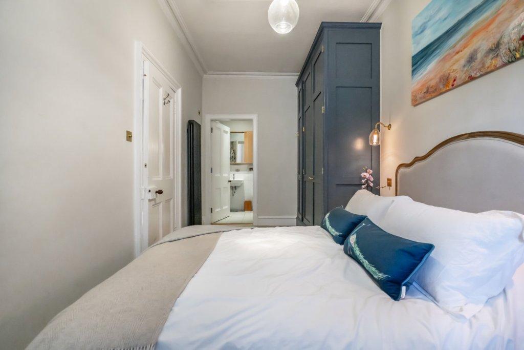 4 bedroom apartment for sale in Buckingham Terrace ...