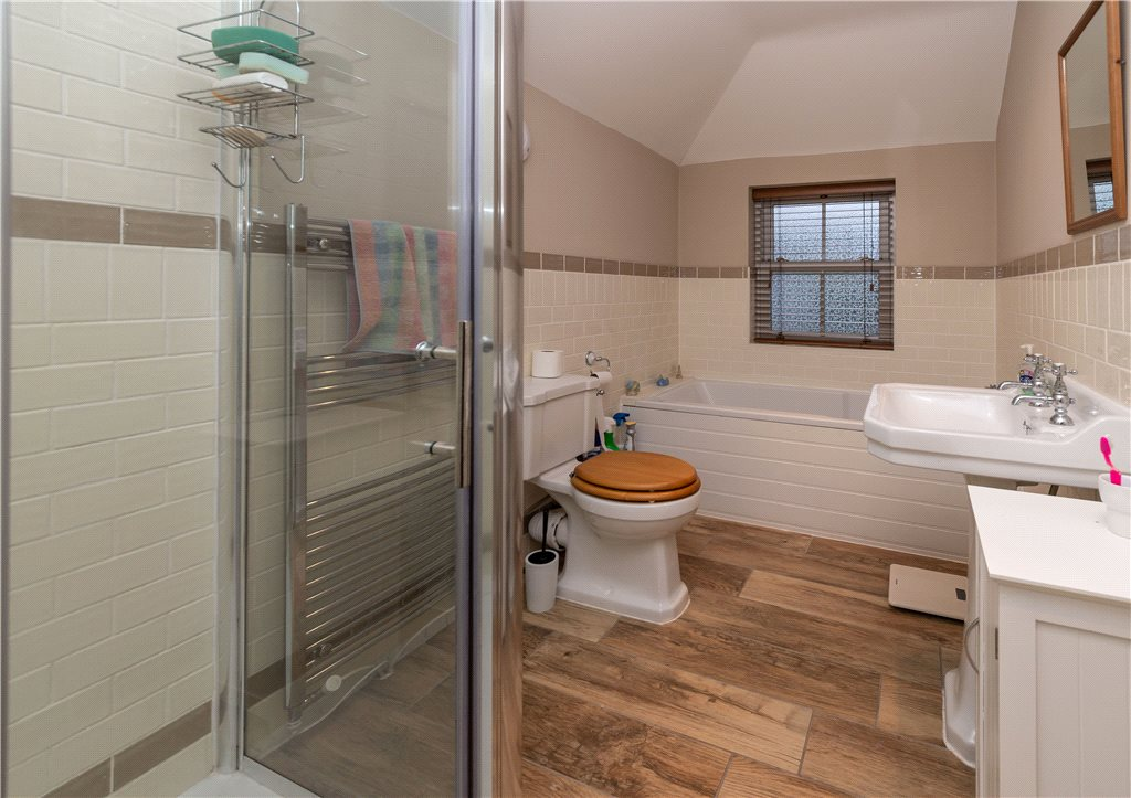 4 Bedroom Property For Sale In Kirklands Lane Baildon Bd17 395 000