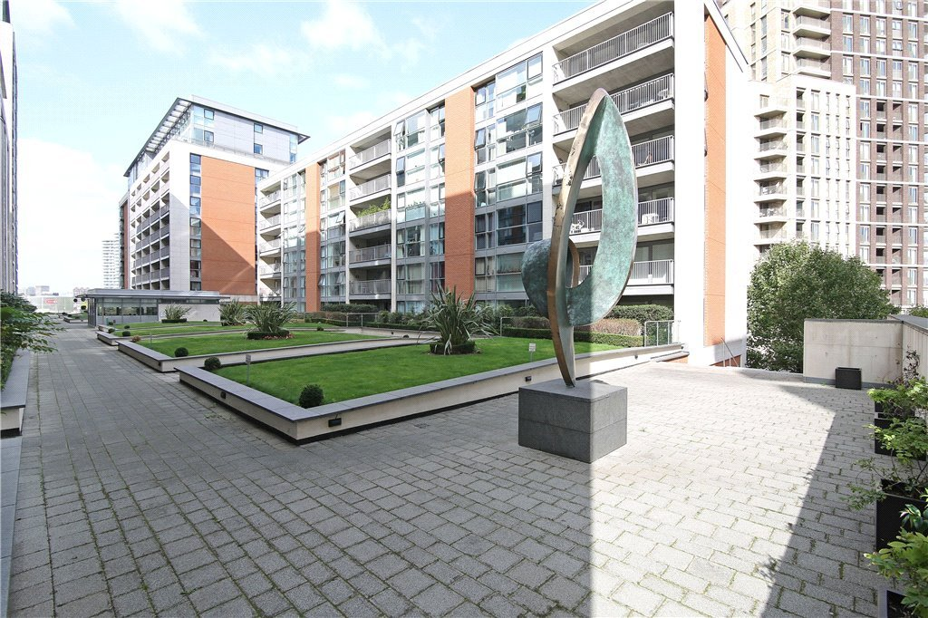 Western Gateway, Royal Docks, E16 Image 11