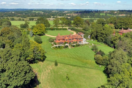 Saints Hill, Penshurst, TN11