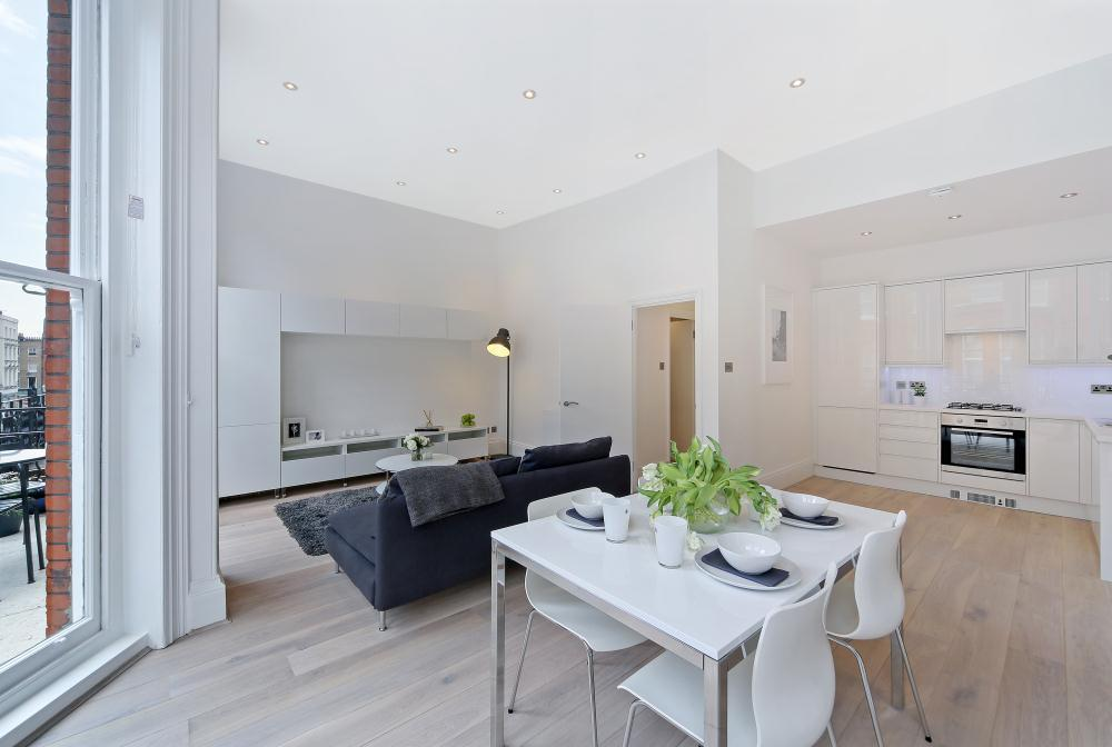 IMPRESSIVE | BRIGHT AND AIRY | ONE BEDROOM FLAT | NOTTINGHAM PLACE NW1  Image 2