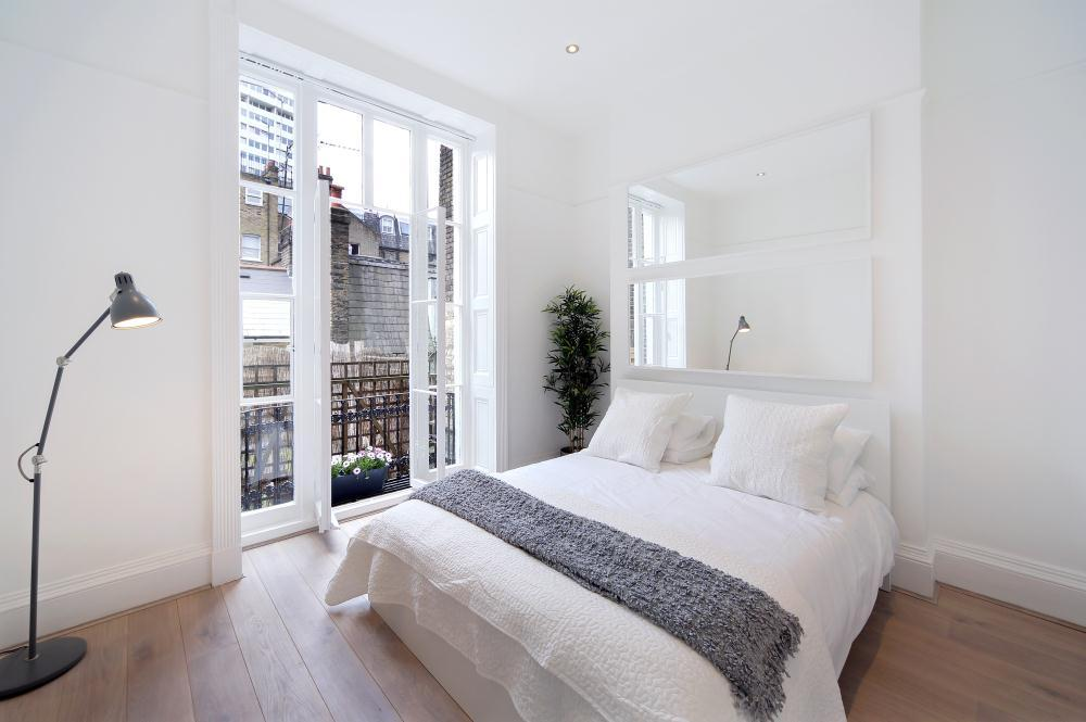 IMPRESSIVE | BRIGHT AND AIRY | ONE BEDROOM FLAT | NOTTINGHAM PLACE NW1  Image 3